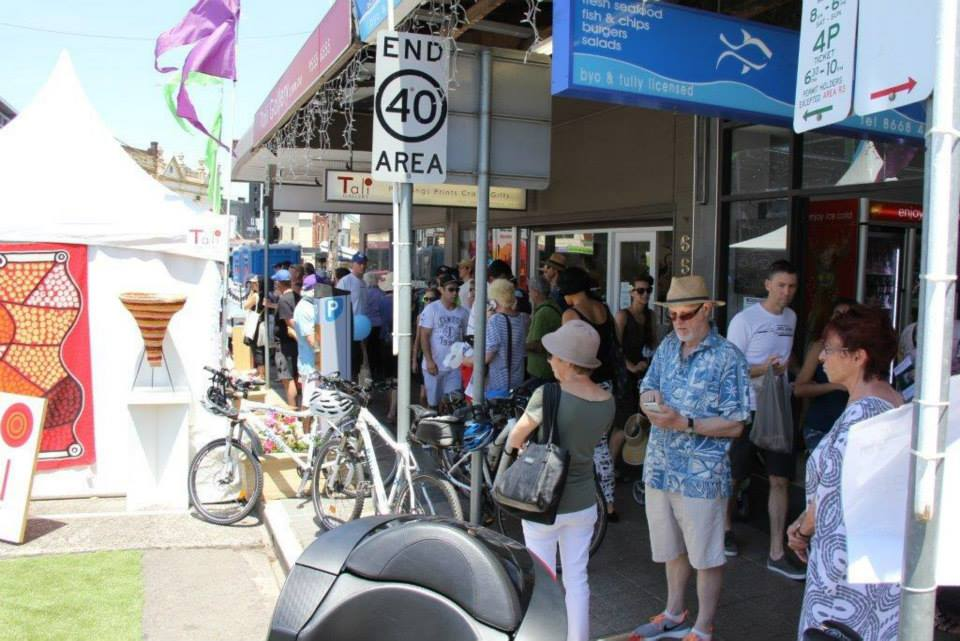 Packed streets in Rozelle at the Fair.jpg