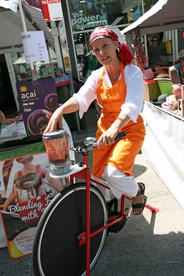 Ungaro Raw making Smoothies Rozelle Village Fair.jpg